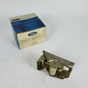 71-78 Ford Mustang Torino Thunderbird Inner Door Latch RH D6OZ-6521818-A NOS