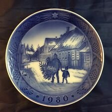 1980 Royal Copenhagen Christmas Plate Denmark Sunshine Bringing Home The Tree
