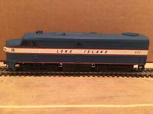 HO Walthers Long Island FA-1 Powered Diesel Locomotive LIRR #607
