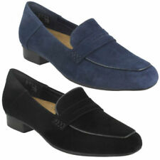 Clarks Loafers Wide (E) Flats for Women