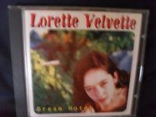 Lorette Velvette – Dream Hotel