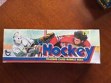 1975 TOPPS HOCKEY BOX AUTH BY THE BBCE