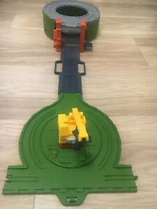 Thomas & Friends Take & Play Scrapyard Clean Up Play set