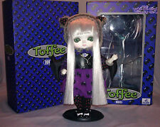 HUCKELBERRY TOYS * TOFFEE DOLL * HAZEL * bat series 1 limited edition