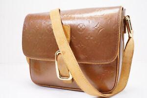 Auth Pre-owned Louis Vuitton Vernis Bronze Christie Gm Crossbody M91107 210119