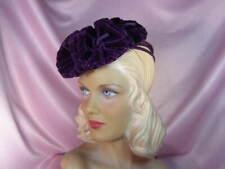 ~Stunning vtg. '40s purple felt tilt hat~ large velvet flowers~World War Ii~