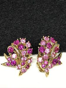 LISNER Signed Vintage Pink Crystal Rhinestone Gold Tone Clip Earrings