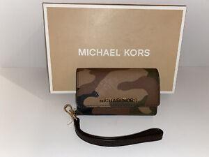 Michael Kors Jet Set Travel Camouflage Saffiano Leather Phone Iphone 5 Wristlet