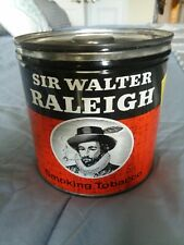 VINTAGE/ORIG. SIR WALTER RALEIGH SMOKING TOBACCO ROUND TIN w/SPECIAL PIPE OFFER