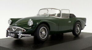 Oxford Diecast 1/43 scale DSP004 - Daimler SP250 - Racing Green