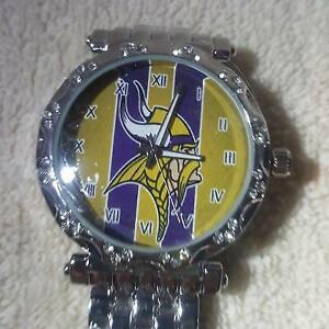 Minnesota Vikings Women's NFL Luxury Stainless Steel Watch - (RARE) NEW