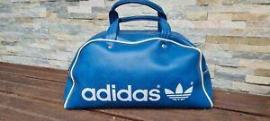 sac de sport adidas vintage bleu années 70