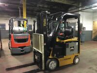 2014 Yale 3000 Lb Electric Forklift With Triple Mast and Side Shift