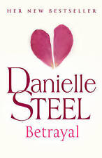 Betrayal, Danielle Steel | Hardcover Book | Good | 9780593063101