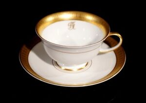 Stunning Rosenthal Selb Plossberg Gold Encrusted Aida Cup And Saucer