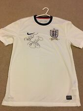 Men's Size medium England signed football shirt, Signed By Danny Mills