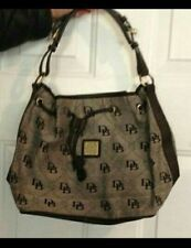 Dooney & Bourke tote purse. Local Pick up available in whiting, IN/Chicago Loop