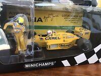 Minichamps 1:18 Lotus 99T 1987 Italian GP Senna Riding On Nakajimas car CAMEL