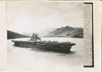 1943 WWII HMS Victorious with US Navy airplanes onboard 8x12 inch AP Wire Photo