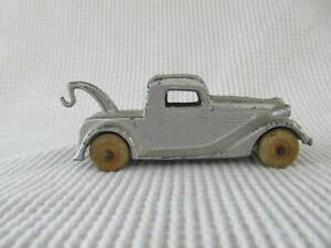 """1935 Tootsie Toy Ford Wrecker 3"""" Long"""