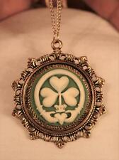 Lacy Starburst Green Cream Good Luck Clover Irish Claddaugh Goldtone Necklace