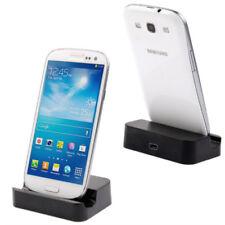 Stations de charge universelle en micro USB pour téléphone mobile et assistant personnel (PDA)