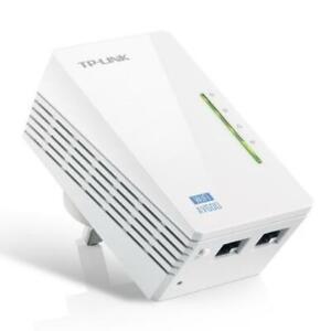 TP-LINK (TL-WPA4220 V4) 300Mbps AV600 Wireless N Powerline Adapter, Single