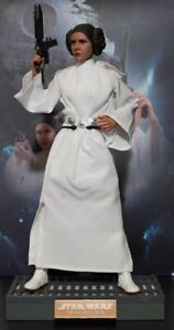 Action Figure 1:6 Hot Toys Star Wars Princess Leia (MMS298)