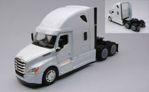 Model Truck Welly Freightliner Cascadia 1:3 2 Truck Lorry vehicles road