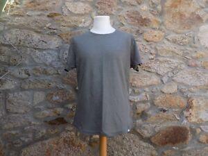 ORLEBAR BROWN.  Short sleeve t-shirt.  100% Linen.  BNWOT.  Size: Medium
