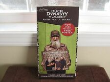 Duck Dynasty 32 Valentines Cards With 32 Stickers & 1 Poster + Teacher Card