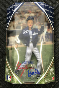NEW YORK YANKEES 1999 Vintage Barbie Doll- #23881 MLB NY Yankees 12""