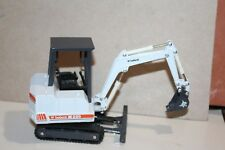 NICE DIECAST CLOVER melroe BOBCAT X225 EXCAVATOR with BUCKET