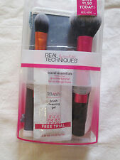 Real Techniques Travel Essentials Brush Makeup Set with 2-in-1 Case/Stand *READ*