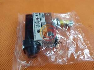 New OMRON Limit Switch D4MC-5020-N D4MC5020N