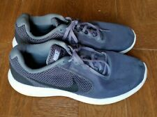 Revolution 3, running shoes. Gray. Size 11 (US)