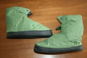 REI Men's Size M/L Green Down Filled Camp/Tent Warm Boot Slippers Booties