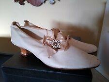 1900 Antique Ladies Spool Heel White Kid Leather Shoes, enamel flower decoration