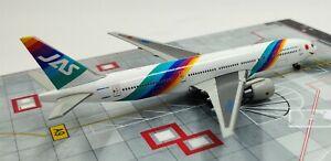 1:400 JAS JAPAN AIR SYSTEM BOEING 777-200 Passenger Aircraft Diecast Plane Model