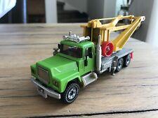 Siku Mac Tow Truck
