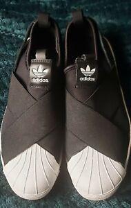 Adidas Superstar slip on trainer. Black size 7. Unisex.