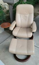 Ekornes Stressless Leather Adjustable Recliner Chair Medium W/ Ottoman & Table