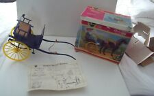 VINTAGE PEDIGREE SINDY GIG & HARNESS FOR HER HORSE - NEW  - BOXED   CARRIAGE