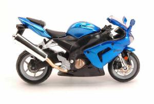 Kawasaki Ninja ZX-10R Motorbike 1:18 Model 51014 Bburago