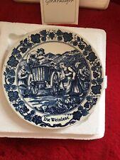 Original Royal Goedewaagen Holland Delft blue & white plate. Die Weinlese.