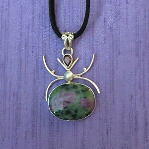 SPIDER NECKLACE RUBY IN ZOISITE GARNET & PEARL IN 925 SILVER ON LEATHER CORD
