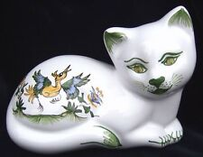 Chat décoratif couché statuette en FAIENCE DE MOUSTIERS céramique peint main cat