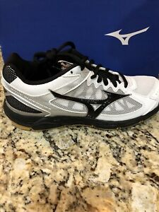 mizuno womens volleyball shoes size 8 queen zara xalapa