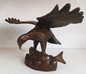 Antique 12.5'' Flying Hawk 2.5 Kg w/h Fish HEAVY Bird Prey Collectables Vintage