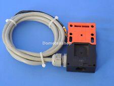 Siemens 3SE2 243-0XX40 Interlock Switch with Key
